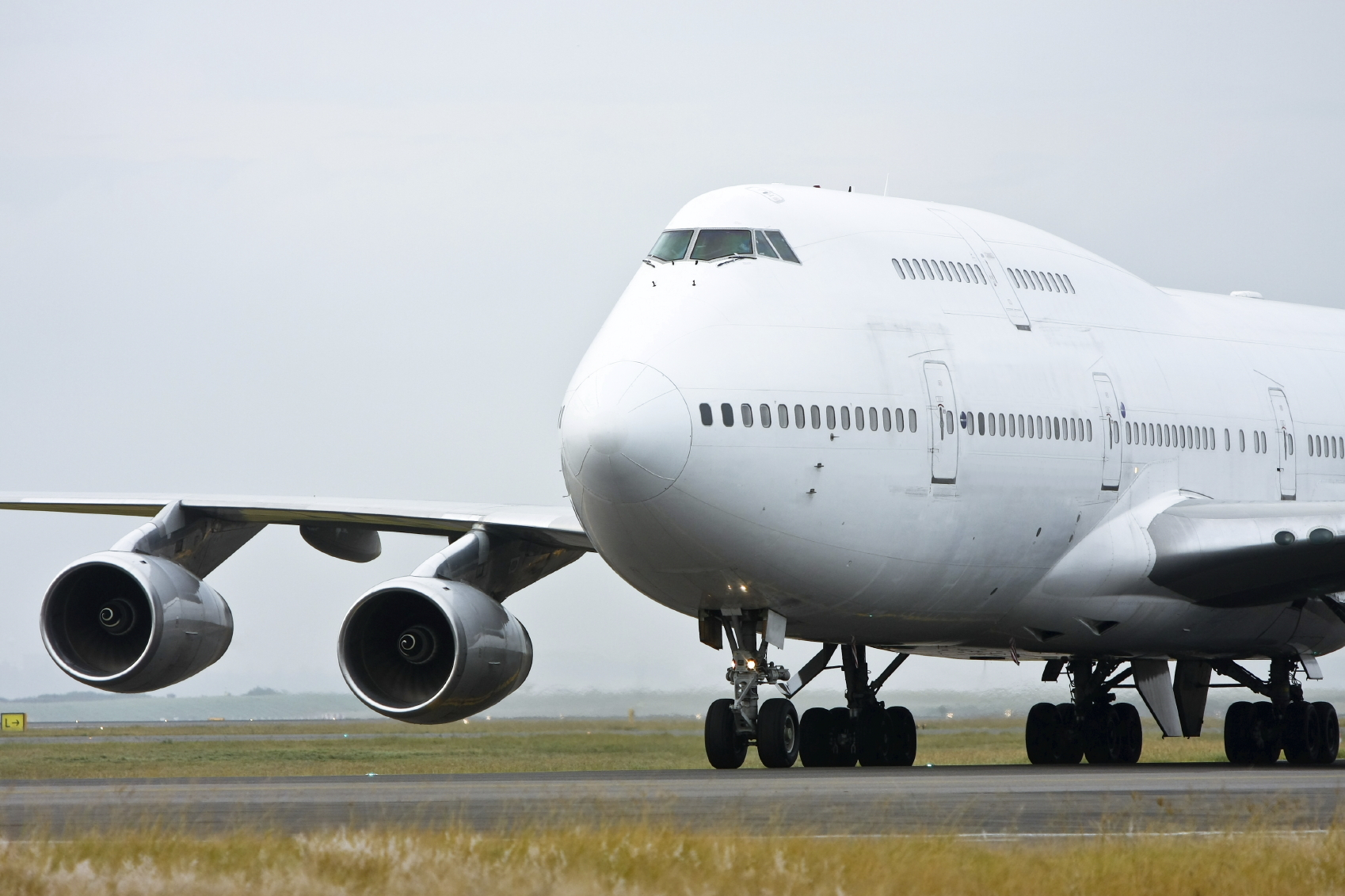 Boeing 747 on the runway